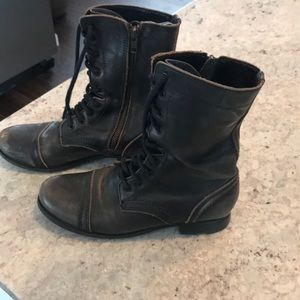 Steve Madden leather combat boot